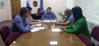 Глава администрации района провел рабочее совещание